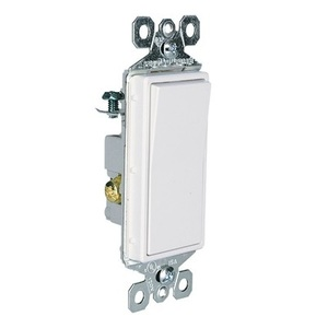 Pass & Seymour TM873-WSL Illuminated 3-Way Decorator Switch, 15A, White, Lighted when OFF