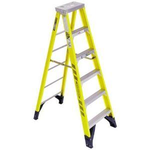 Werner Ladder 7312 12' Step Ladder, Type IAA, 375 lbs