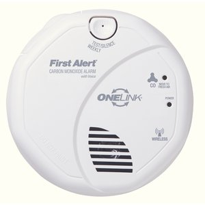 "BRK-First Alert CO511B Carbon Monoxide Alarm, Wireless, (2) AA Battery, 5"" Diameter, White"