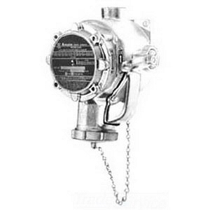 "Appleton FSQX3023-100 FSQX Receptacle, Nema 3/12, Aluminum, 30A, 3-Pole, 1"" Hub"