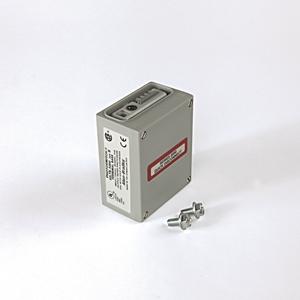 Allen-Bradley 42MTB-5000 Sensor, Power Base, 102 - 132VAC, Green Line, Terminal