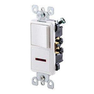 Leviton 5626-W 15 Amp Decora Combination Switch, White