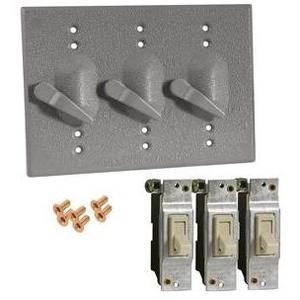 Hubbell-Raco 5126-0 Weatherproof Cover, 3-Gang, Type: Lever Switch, Die Cast
