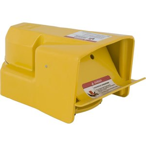 Square D 9002AW117 Foot Switch, Fully Guarded, 5A, 600V AC/DC, Yellow, Momentary