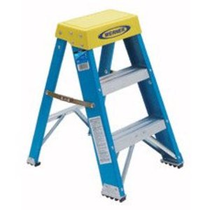 Werner Ladder 6002 Fiberglass Step Stool