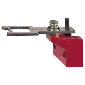Square D XCSZ03 Safety Interlock Actuator, Pivoting, Metal Switch, Red Body