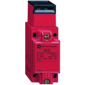 Square D XCSA703 Safety Switch, Interlock, 3P, 10A, 300VAC, Key Actuator, Red