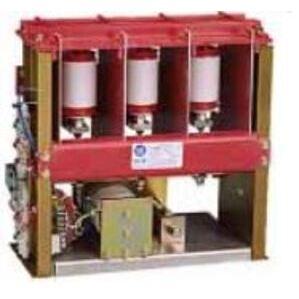 Allen-Bradley 1502-V8DXDB-1 Vacuum Contactor, 800A, 3P, Electromechanical, Fixed Mount