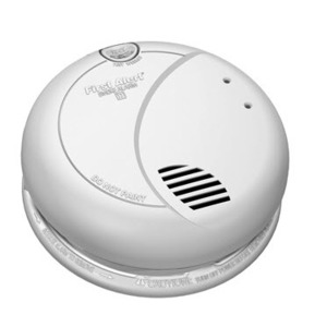 BRK-First Alert 7010B Smoke Detector, Photo, 120VAC, Interconnectable, 9V Battery Backup
