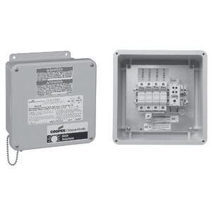 Cooper Crouse-Hinds CCBF04SLF15 Solar Combiner Box, 4-Circuit, 15A, 600VDC