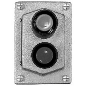 Cooper Crouse-Hinds DSD922 Front Operated Push Button Station, 2 Circuits, 600V, Limited Quantities Available
