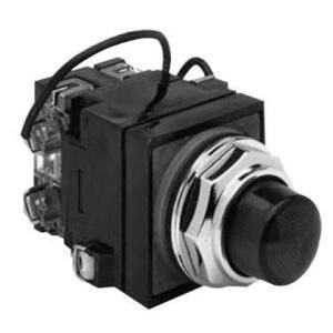 GE CR104PLT82G Pilot Light, Push to Test, 30mm, Green, 120V AC/DC, 120V LED