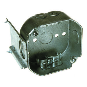 """Hubbell-Raco 160 4"""" Octagon Box, 1-1/2"""" Deep, NM Clamps, J-Bracket"""