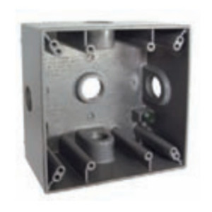 "Hubbell-Raco 5334-0 Weatherproof Outlet Box, 2-Gang, Depth: 2"", Die Cast"