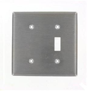 Leviton 84077-40 Comb. Wallplate, 2-Gang, Toggle/Blank, 302 Stainless Steel