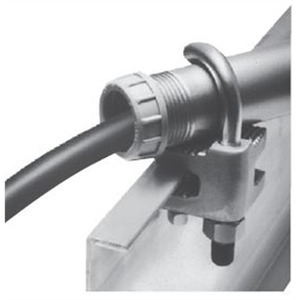 Cooper Crouse-Hinds LCC6 2 CAB TRAY CNDT CLAMP - OUTSIDE RAIL