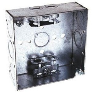 """Hubbell-Raco 213 4"""" Square Box, Welded, Metallic, 1-1/2"""" Deep, AC Cable Clamps"""