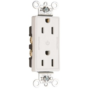 Pass & Seymour 26252-CHW Decora Half-Controlled Plug Load Duplex Receptacle, 15A, 125V, White