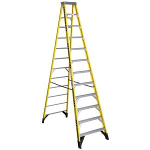 Werner Ladder 7312 12' Step Ladder, Type IAA, 375 lbs