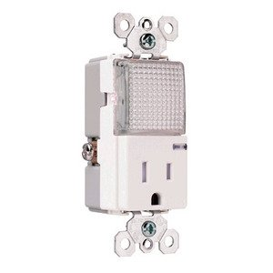 Pass & Seymour TM-8HWLTRWCC Hall Light / Receptacle Combo, 15A, White *** Discontinued ***