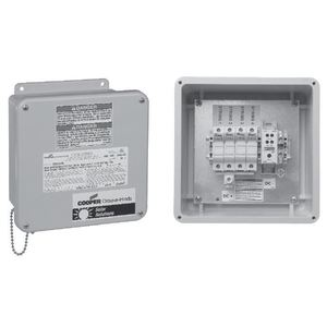 Cooper Crouse-Hinds CCBF04SLF15 Solar Combiner Box, 4-Circuit, 15A, 600VDC *** Discontinued ***