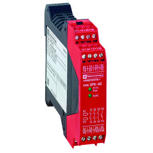 Square D XPSAC5121P Safety Relay, Emergency Stop, 24V AC/DC, 10.5A, 1 Solid State Output