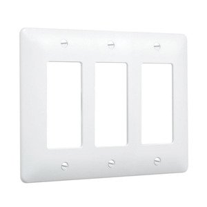 Hubbell-TayMac 5550W 3-Gang MASQUE® Wallplate, Decora, White