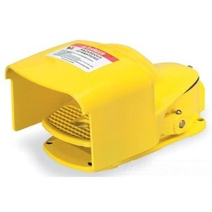 Square D 9002AW133 Foot Switch, Oversized Shield, 5A, 600V AC/DC, Yellow, Momentary