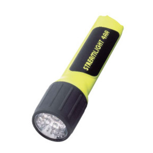 Streamlight 68201 4AA LED WITH WHITE LEDS AND ALKALINE BATTERIES IN BOX. YELLOW