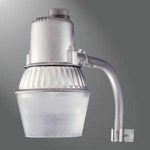 "Lumark HPEL10 100w Hps 120v W/18"" Arm W/lamp Barn light"