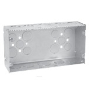 """Cooper Crouse-Hinds TP871 Gang Box, 3-Gang, 2-1/2"""" Deep, 1"""" and 3/4"""" KOs, Welded, Steel"""