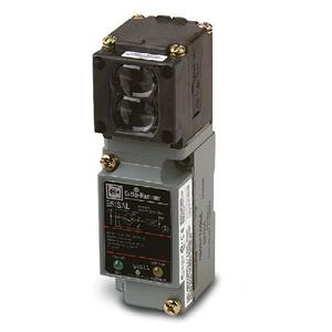 Eaton E51ALP1 Sensor, Photoelectric, E51 Series, Limit Switch Style, Reflex