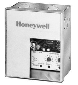 Honeywell CR7075A1000 HNYWL CR7075A1000 LIGHTING CN TRLR
