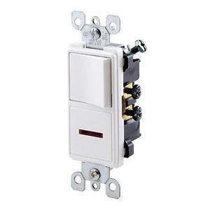 Leviton 5626-W 15 Amp Decora Combination Switch, White