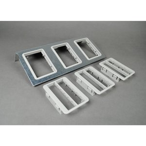 Wiremold C10105P-3RT Communication Plate, AC Series