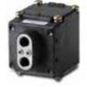 Eaton E51DF33 Photoelectric Sensor, E51 Sensor Head, Glass Fiber Optic, Diffuse
