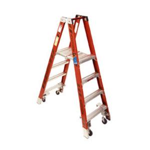 Werner Ladder PT7404 Fiberglass Platform Twin Stepladders