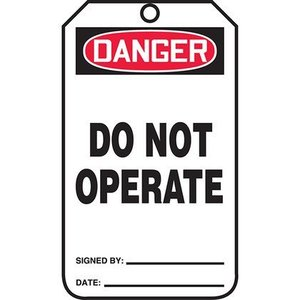 Panduit PVT-1004 15-MIL RIGID TAG DANGER DO NOT OPERATE -
