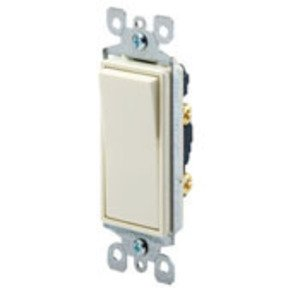 Leviton 5611-2I Illuminated Decora Rocker Switch, 1-Pole, 15A, 120/277V, Ivory
