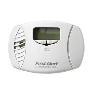 BRK-First Alert CO615B Carbon Monoxide Alarm, Plug-In, AA Battery Backup