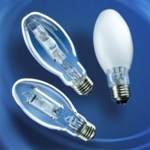 SYLVANIA M70/U/MED Metal Halide Lamp, Pulse Start, ED17, 70W, Clear