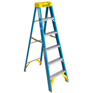 Werner Ladder 6004 Fiberglass Stepladder
