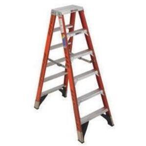 Werner Ladder T7418 18' Twin Step Ladder, 300 lbs
