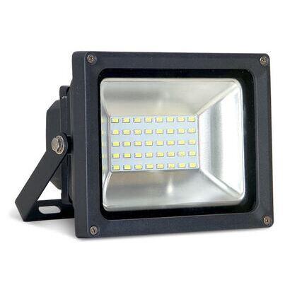 LED  Floodlight, 30W, 5000K, 2400L, 100-277V