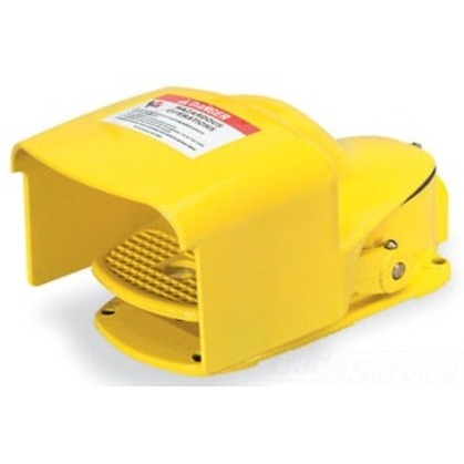 Foot Switch, Oversized Shield, 5A, 600V AC/DC, Yellow, Momentary