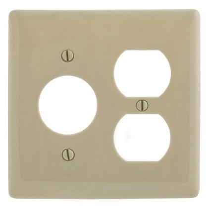 "WALLPLATE, 2-G, 1) DUP 1) 1.40"" OPNG, IV"