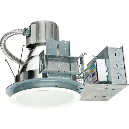Indy Recessed Luminaire, Triple Tube Compact Fluorescent Lamp